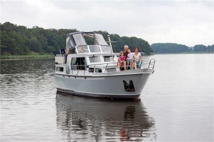 Yachtcharter Mecklenburgische Seenplatte: Albatros - Proficiat 1120 GL