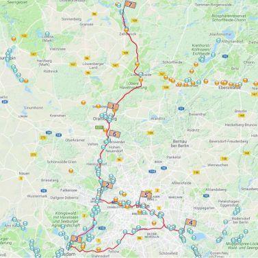 Die königlichen Türme Berlins und Potsdams säumen das grüne Ufer. Jetzt starten mit unserem Touren-Planer.