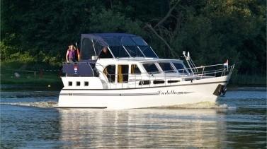 Motorboot mieten: Carlotta - Pedro Skiron 35