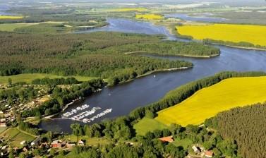 Charter-Reviere an der Müritz, Mecklenburgischen Seenplatte, Brandenburg und Berlin