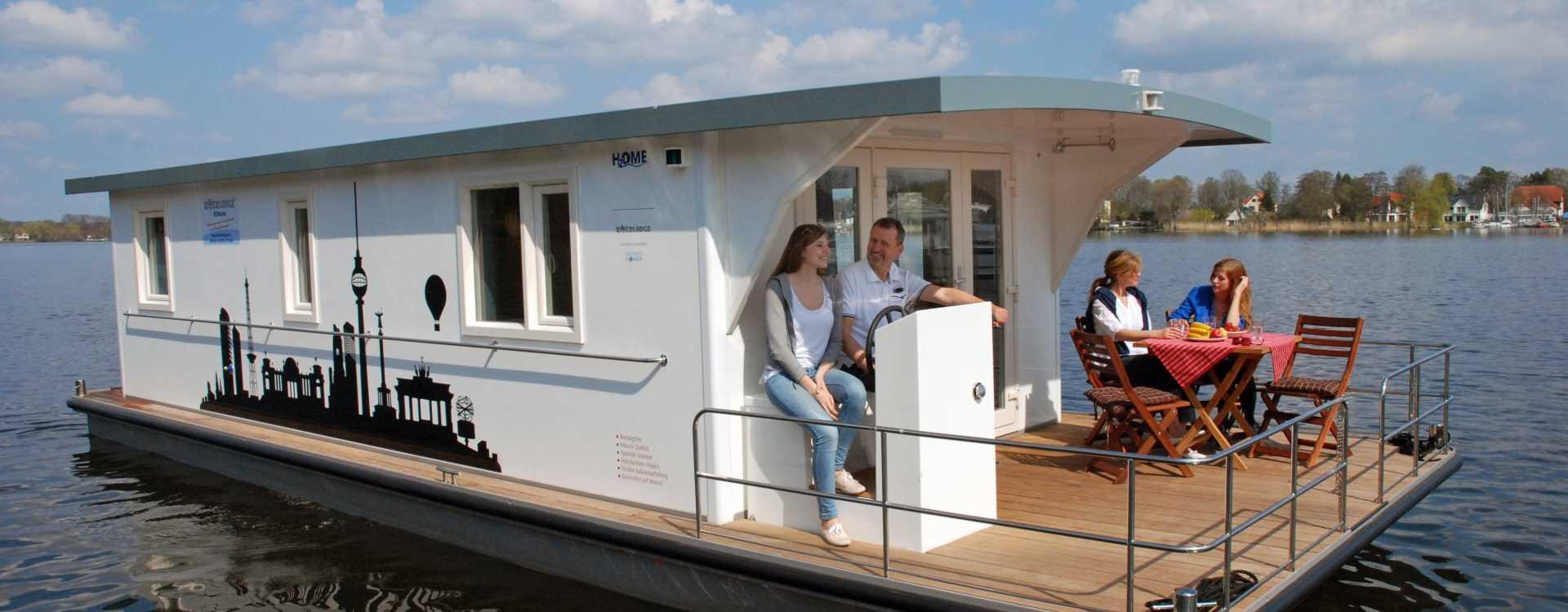 Hausboot mieten - führerscheinfrei an der Müritz, Mecklenburgische Seenplatte und in Brandenburg