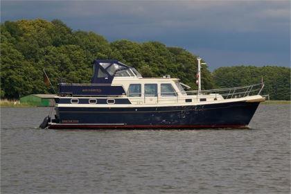 Motorboot für Bootsurlaub Müritz chartern: La Gomera - Aquanaut Drifter 1150