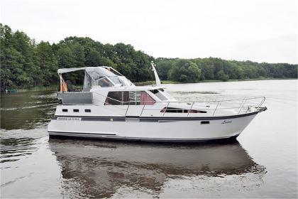 Bootsferien an der Müritz buchen: Luise - Success 108 Ultra