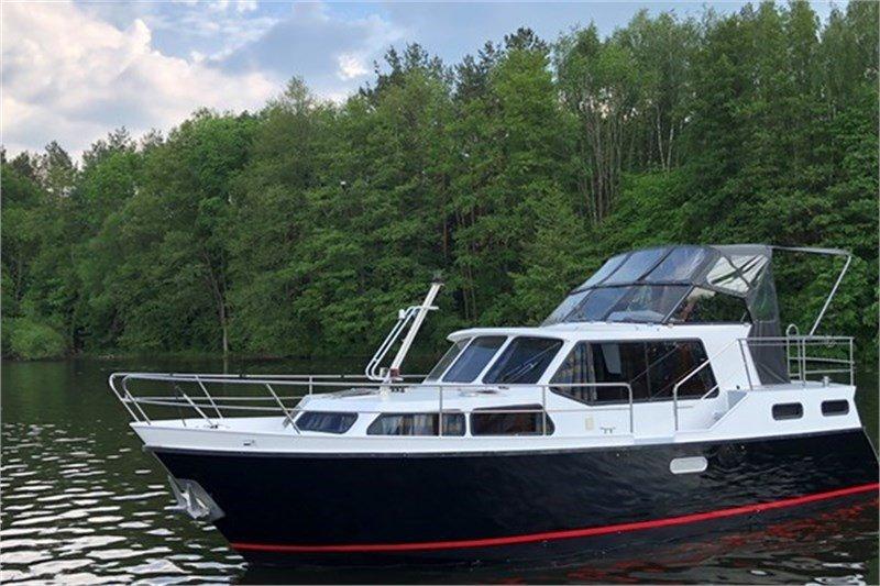 Motorboot für Ferien auf dem Wasser: Lulu - Boarncruiser