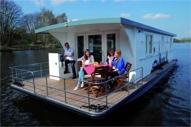 Hausboot auf der Müritz ohne Führerschein: Marion - Riverlodge H2Home