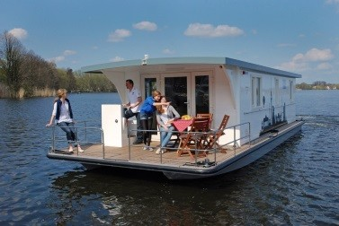 Hausboot in Mecklenburg mieten: Marleen K. - Riverlodge H2Home