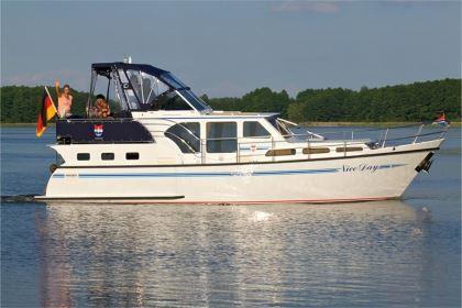 Yachtcharter in Brandenburg und MV: Nice Day - Pedro Skiron 35