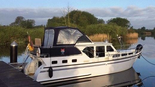 Motoryacht an der Peene chartern - Pedro Skiron - Peene-Boot
