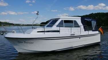 Sea Breeze - Aquila 900 Open