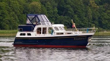 Motoryacht chartern - Keser Hollandia 1000 S - Seahorse 1