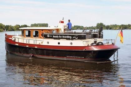 Yacht mieten in Brandenburg: Theodor – Aquanaut Vintage