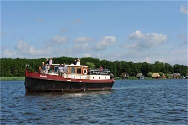 Yacht mieten in Brandenburg und Berlin: Theodor - Aquanaut Vintage