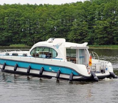 Wannsee Nicols Estivale Octo Hausboot